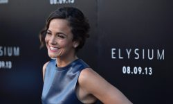 Alice Braga Full hd wallpapers