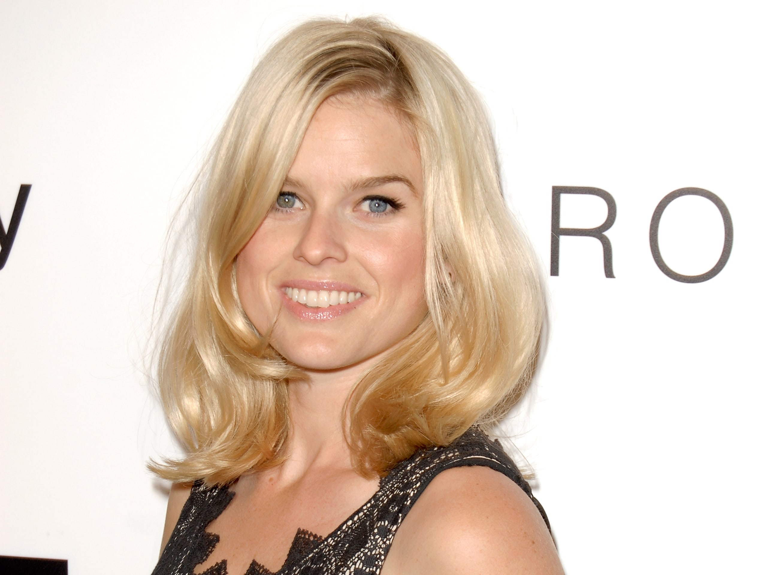 Alice Eve Full hd wallpapers