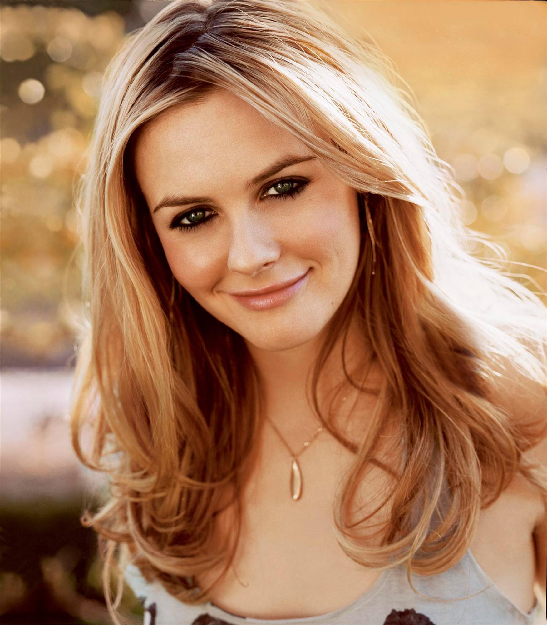 Alicia Silverstone Full hd wallpapers