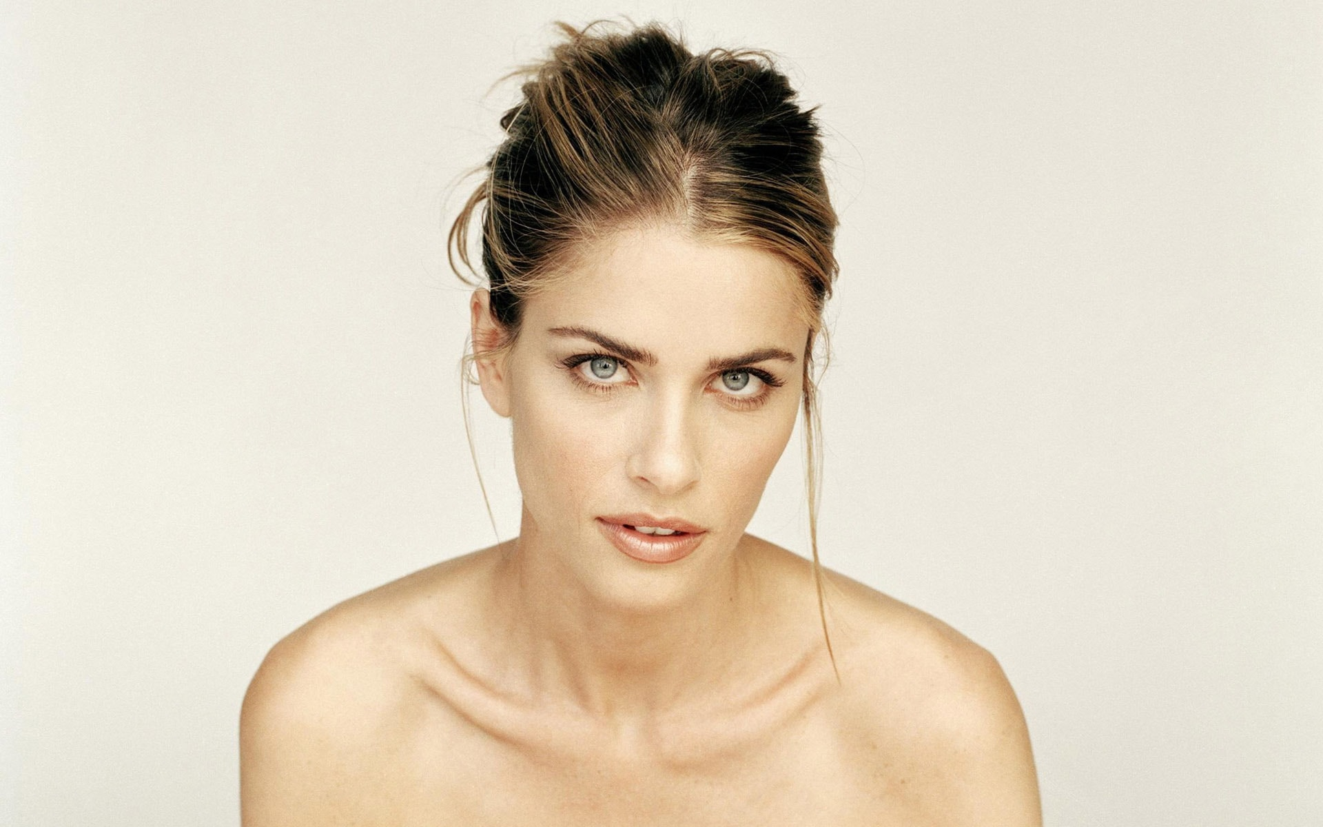 Amanda Peet Full hd wallpapers