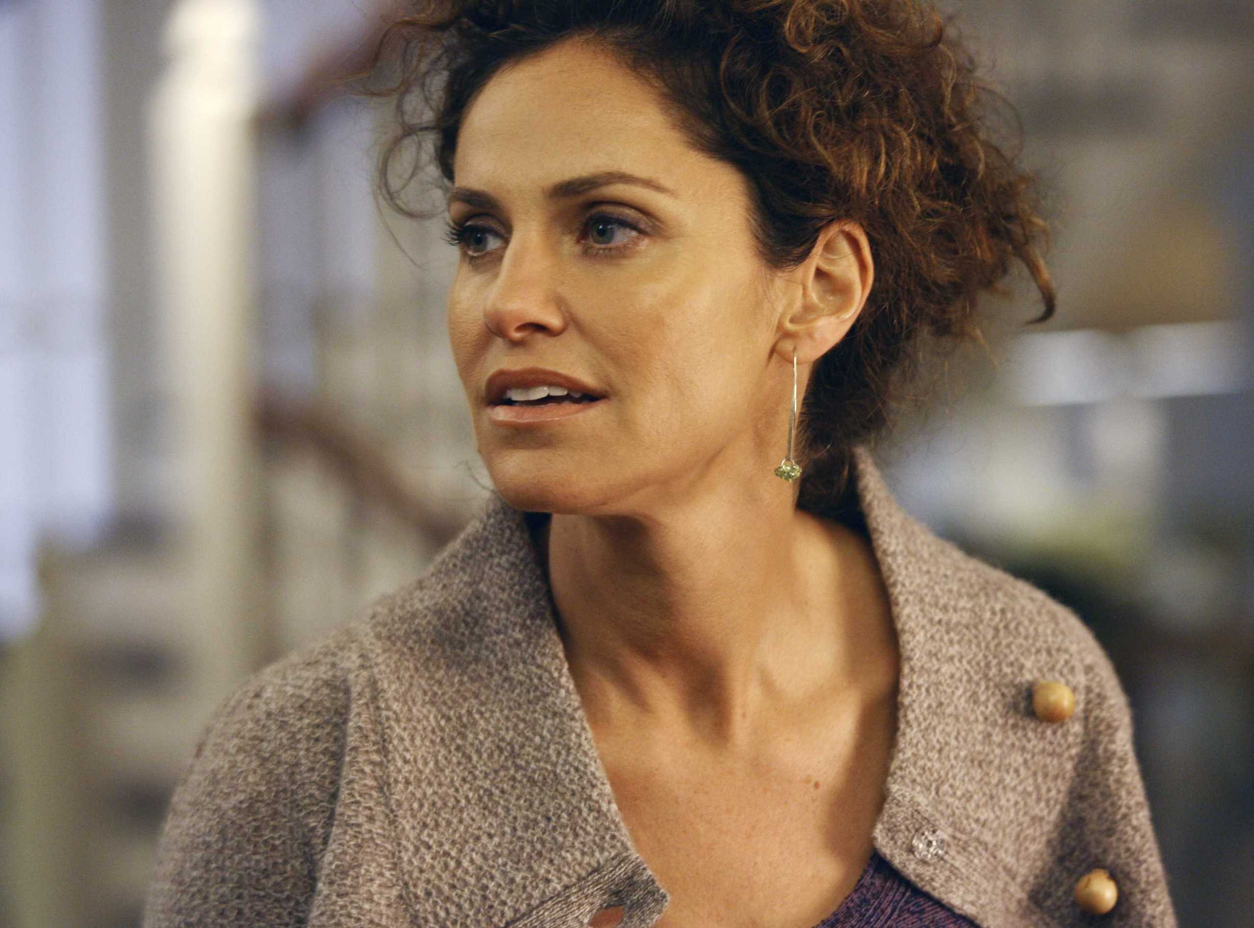 Amy Brenneman HD pictures