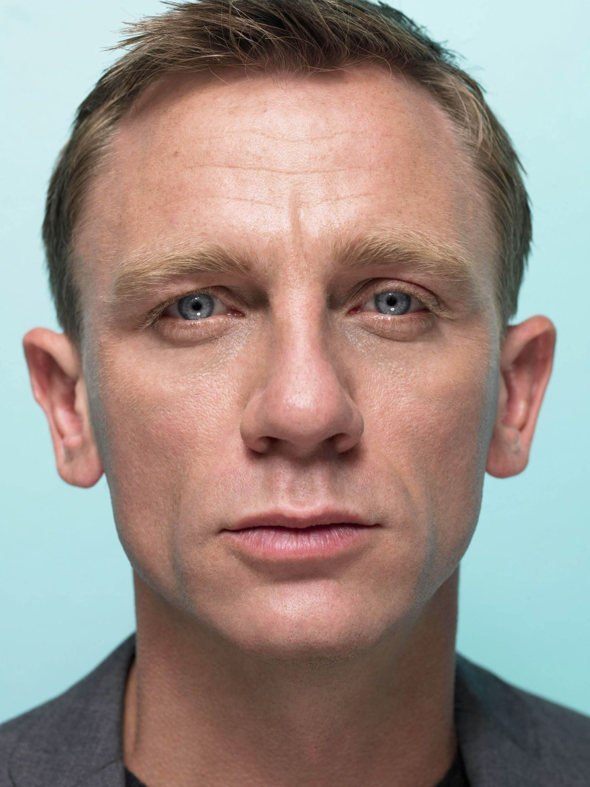 Daniel Craig Full hd wallpapers