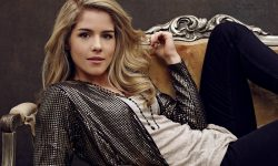 Emily Bett Rickards Full hd wallpapers