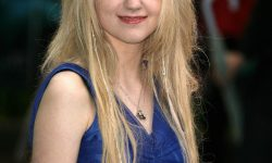 Evanna Lynch Full hd wallpapers