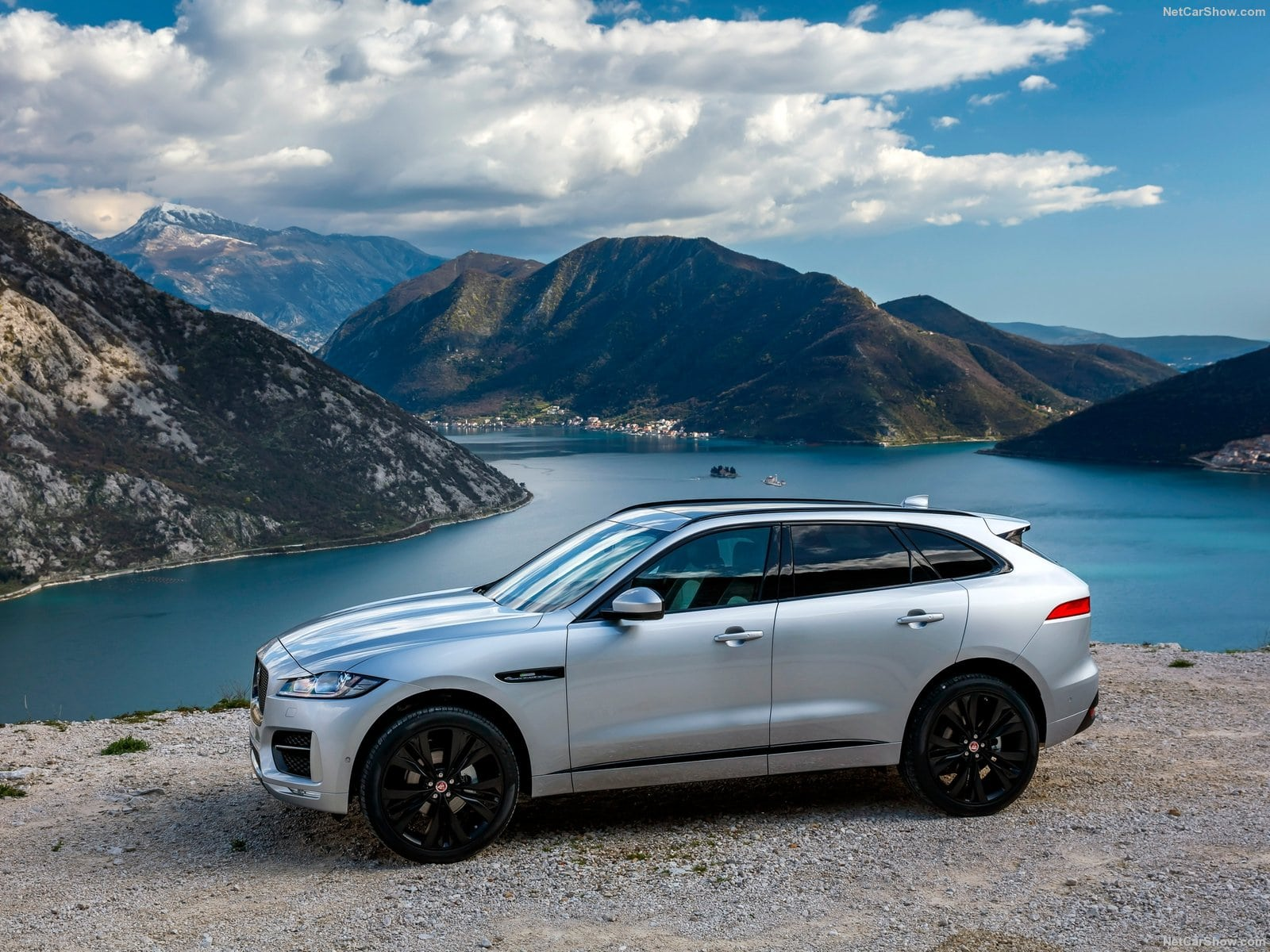 jaguar f-pace hd desktop wallpapers | 7wallpapers