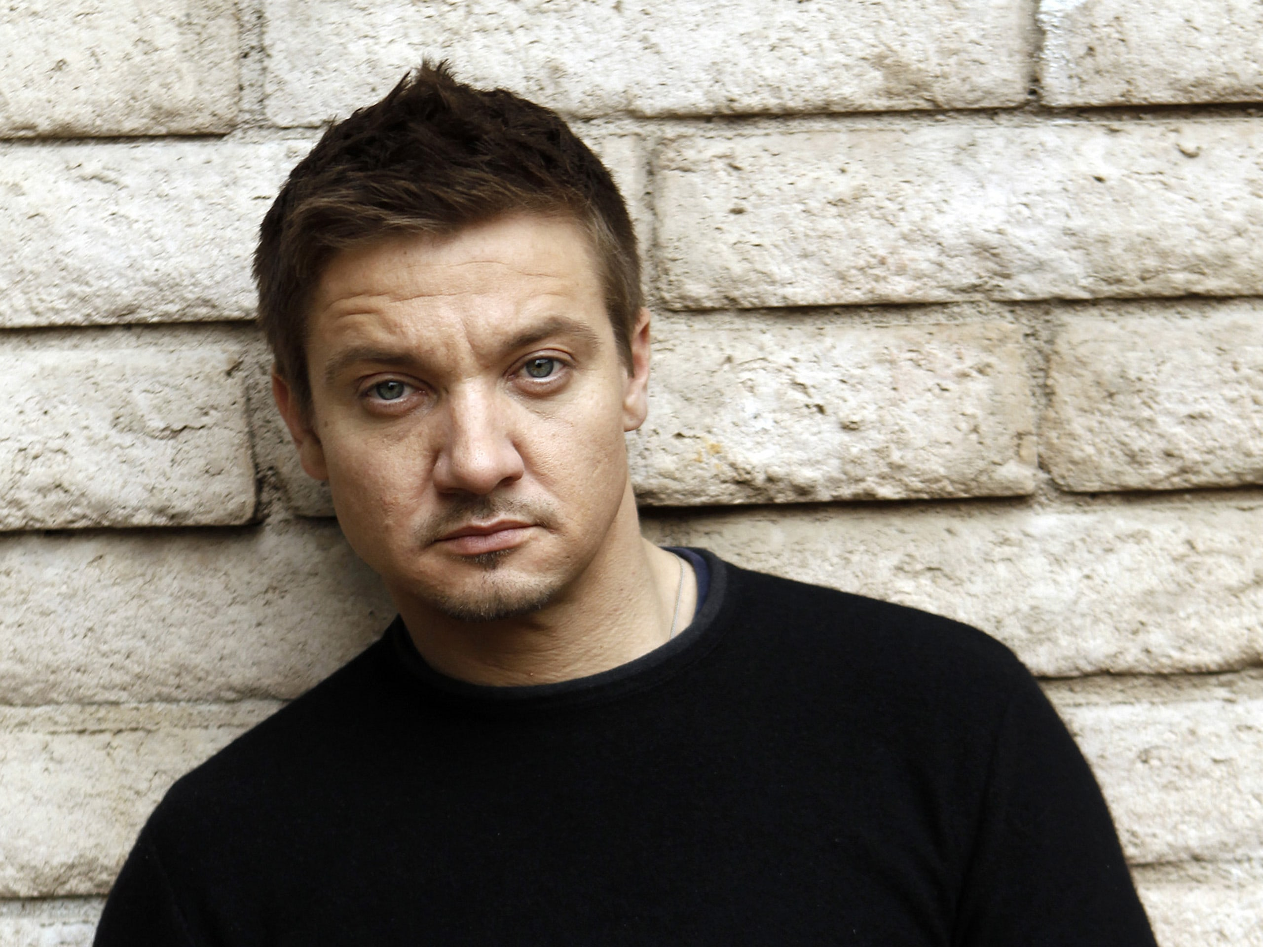 Jeremy Renner HD pictures
