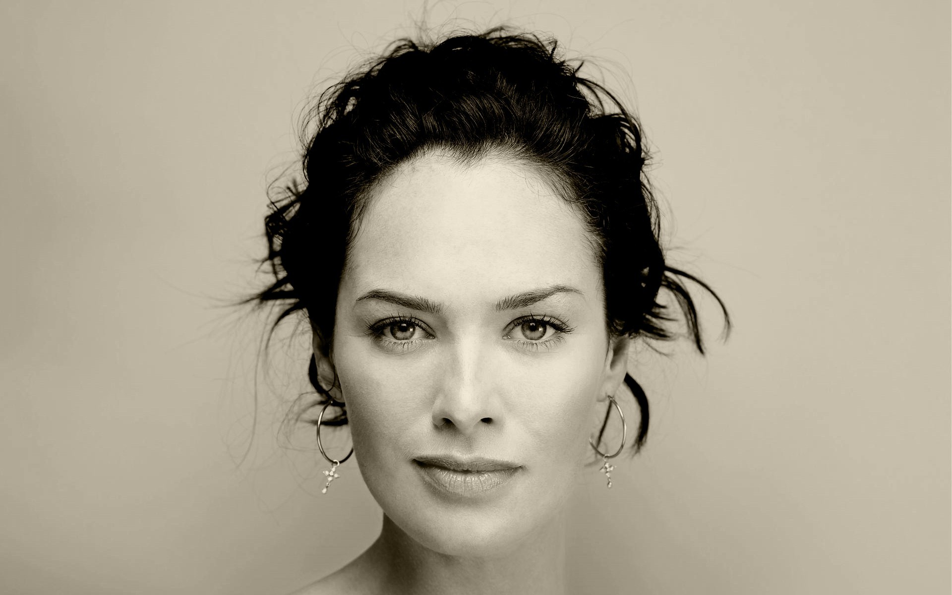 Lena Headey Full hd wallpapers