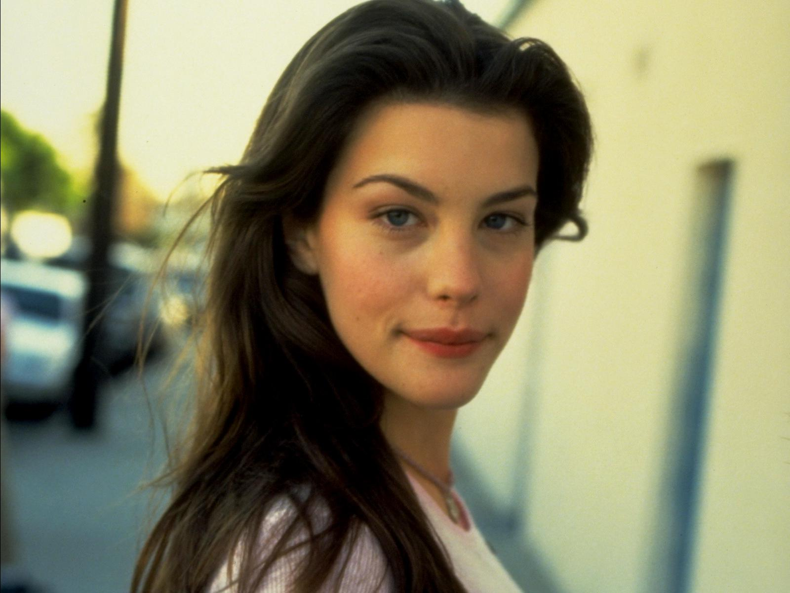 Young Liv Tyler naked (19 photo), Tits, Paparazzi, Feet, braless 2015