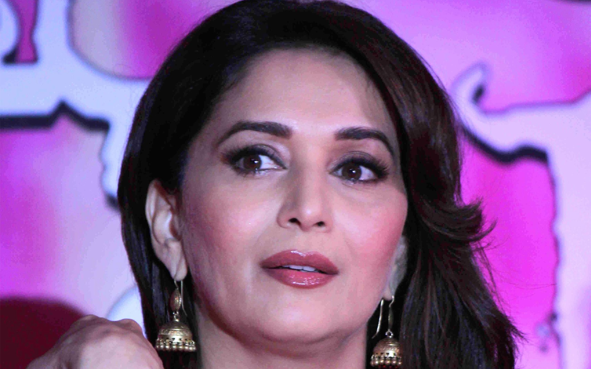 Madhuri Dixit Full hd wallpapers
