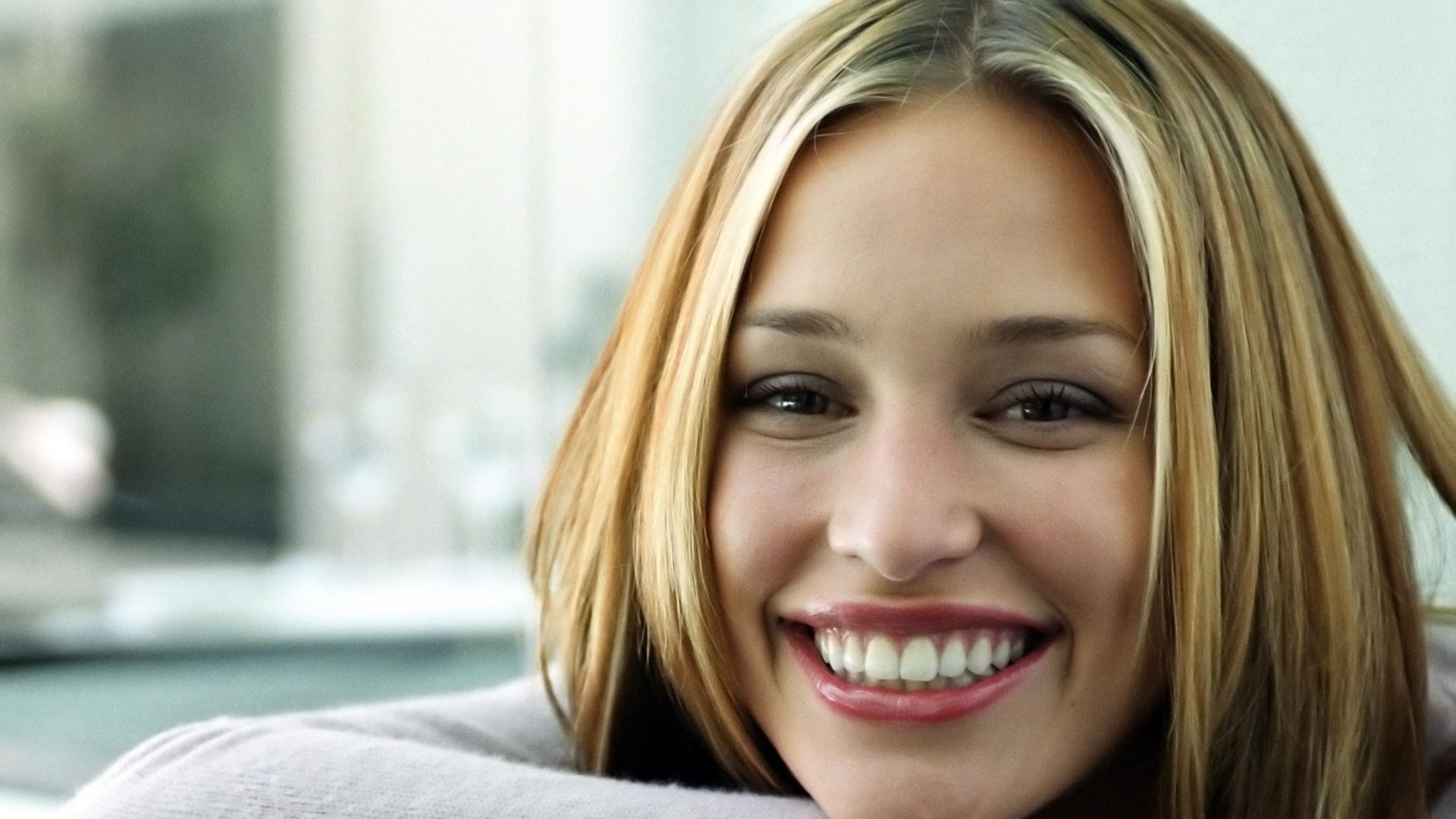 Piper Perabo Full hd wallpapers