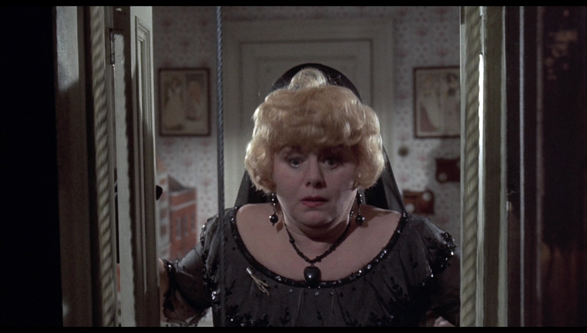 Shelley Winters Full hd wallpapers