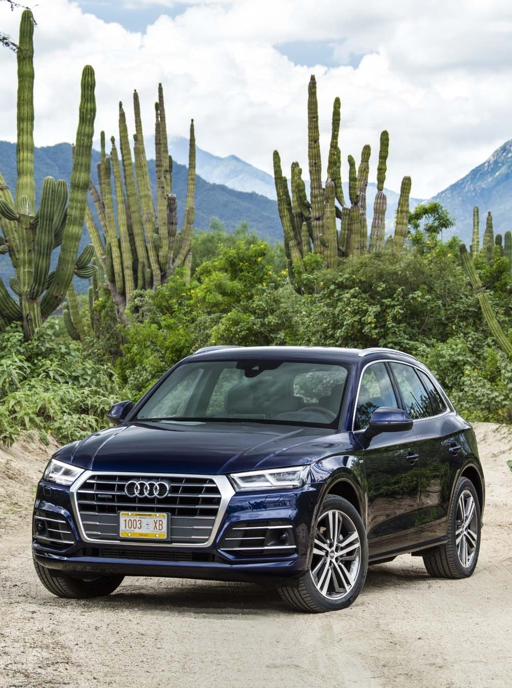 Audi Q5 II For mobile