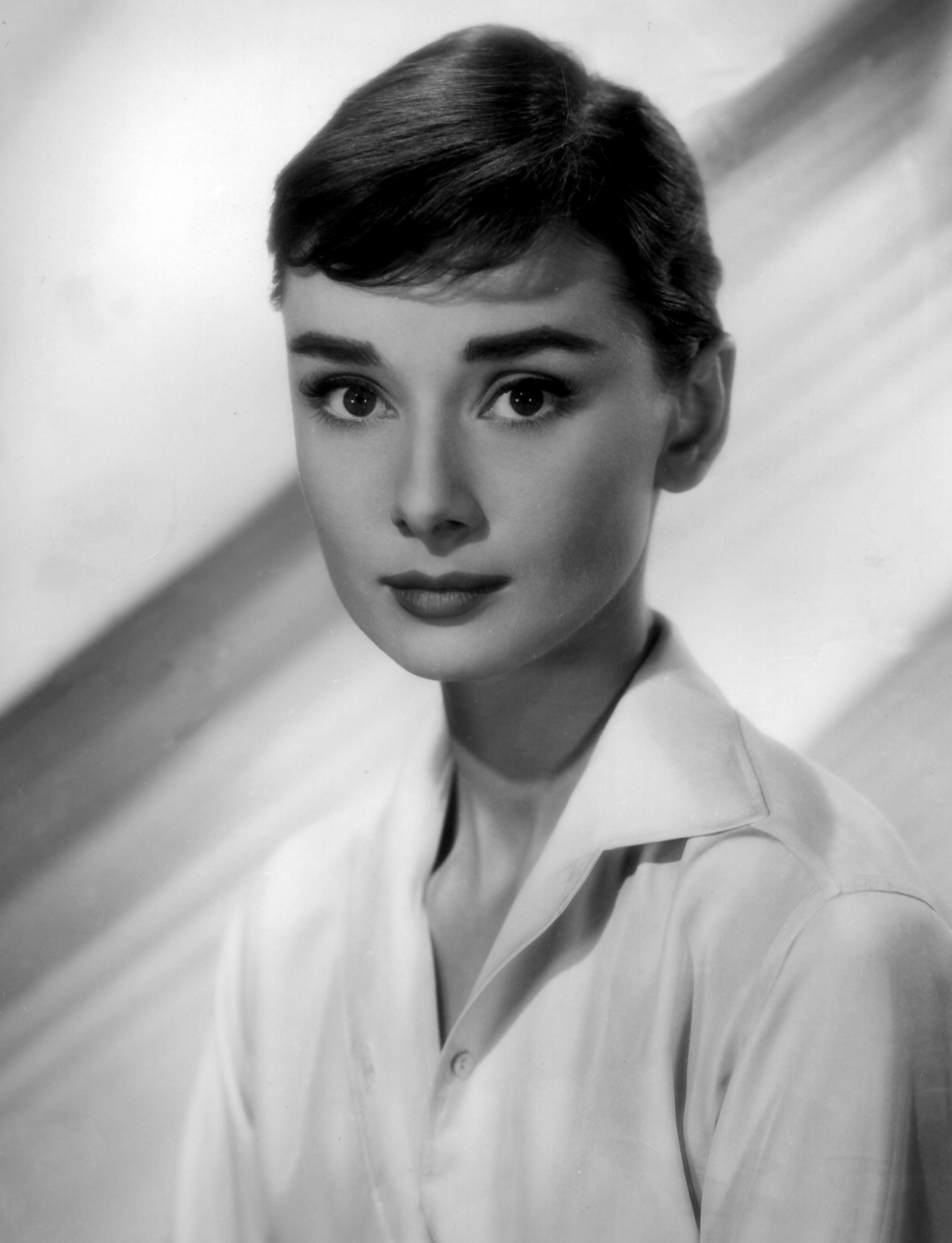 Audrey Hepburn For mobile