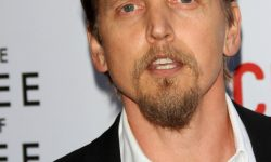 Barry Pepper For mobile