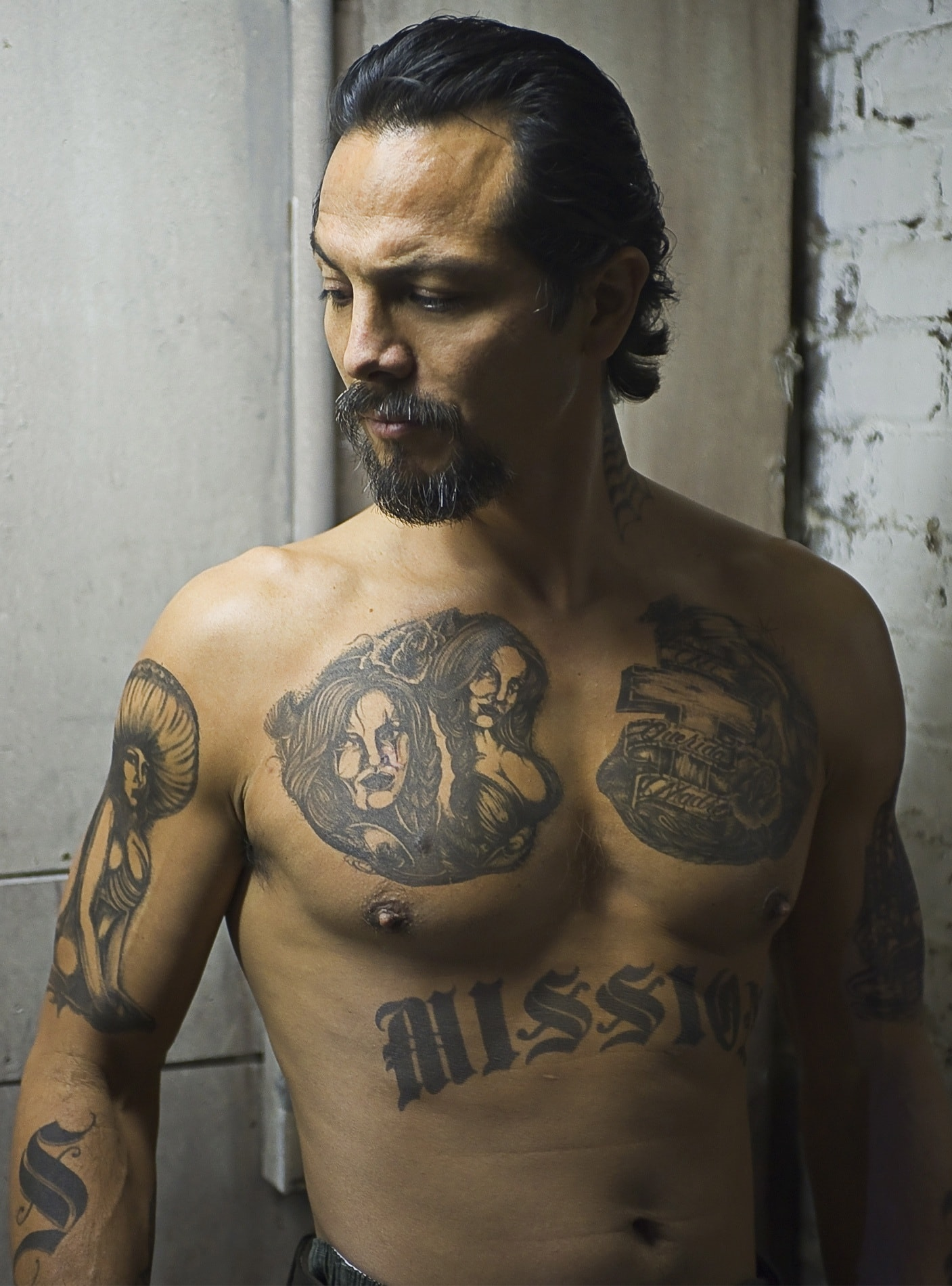 Benjamin Bratt For mobile