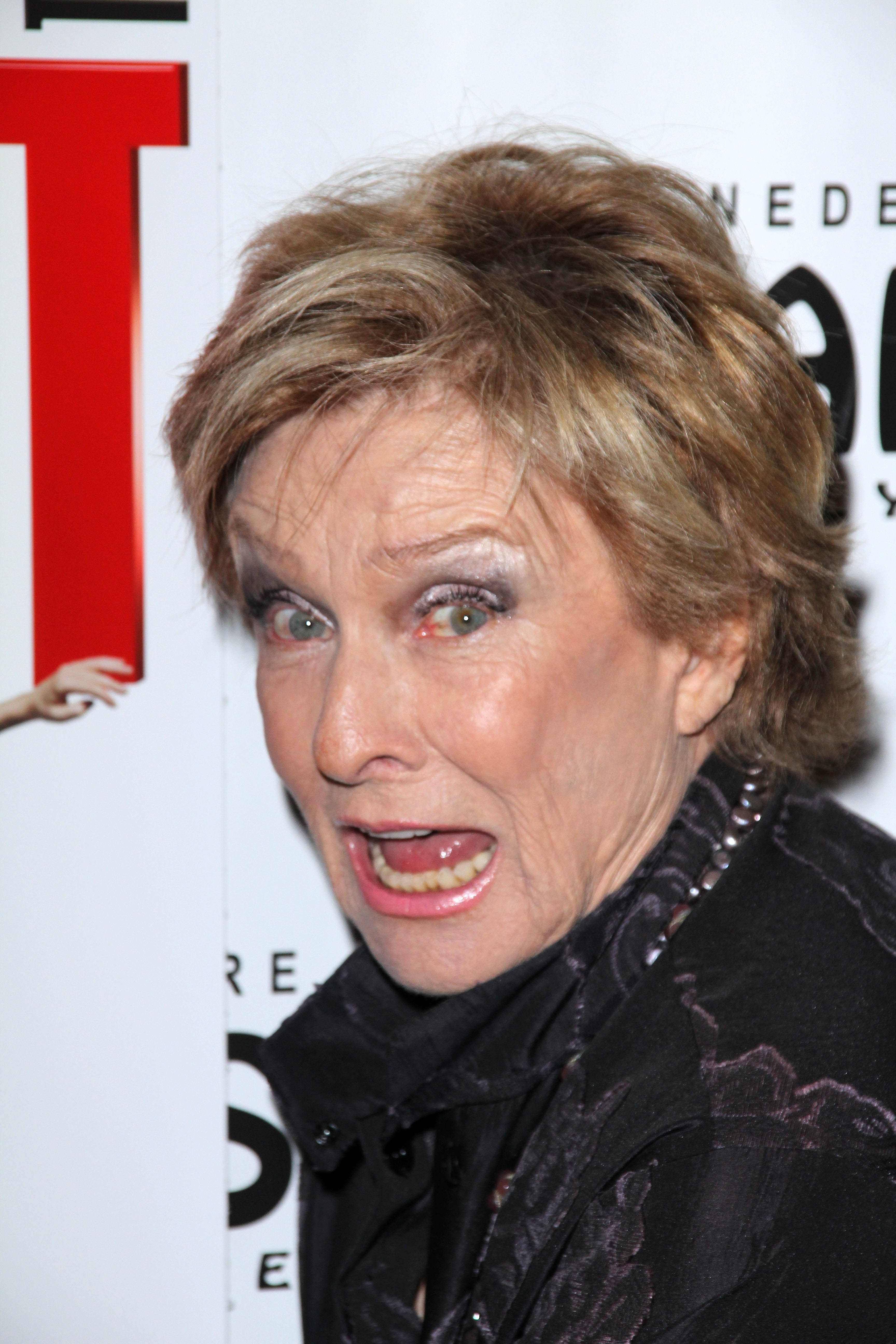 Cloris Leachman For mobile