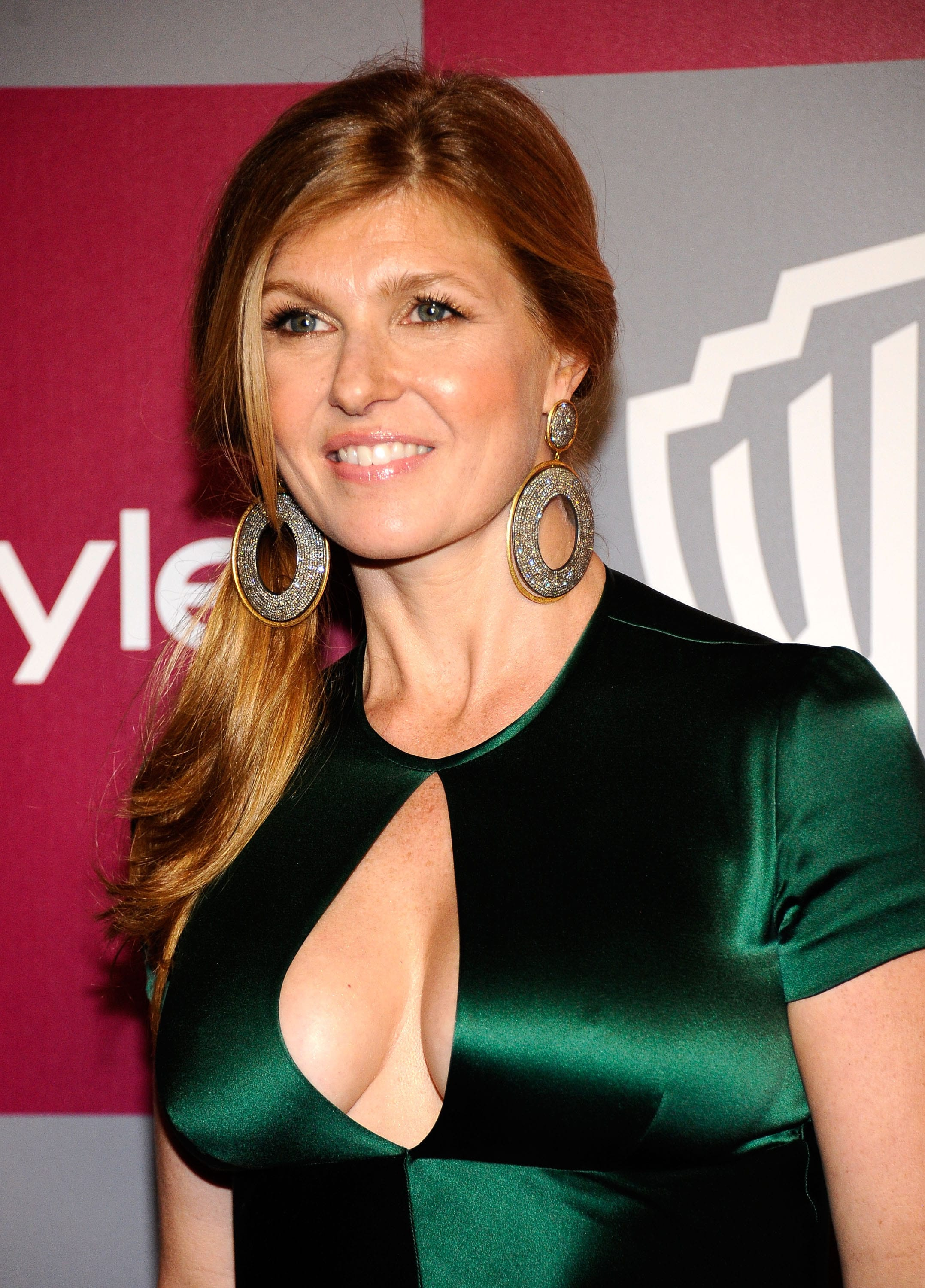Connie Britton For mobile