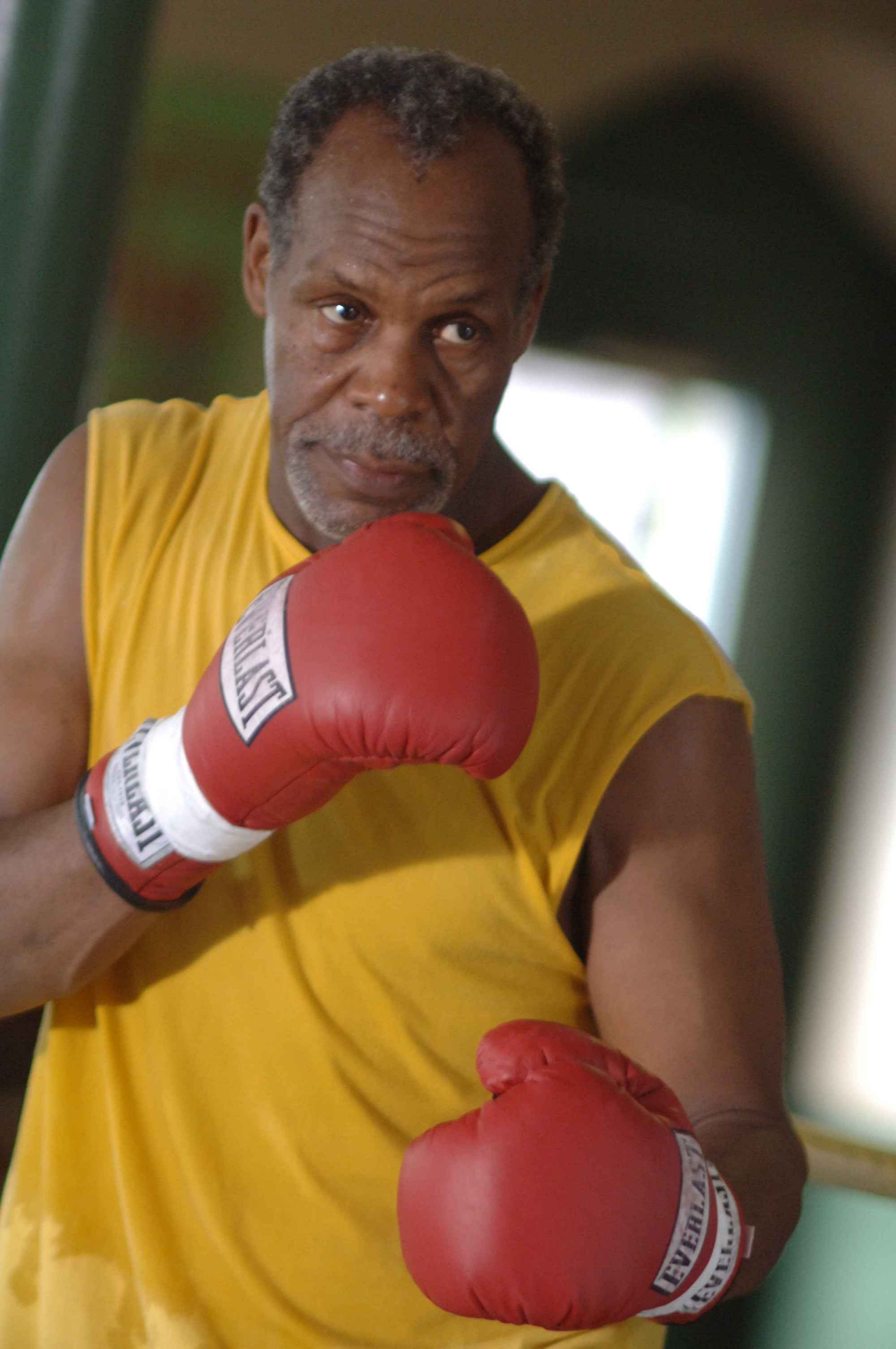 Danny Glover For mobile
