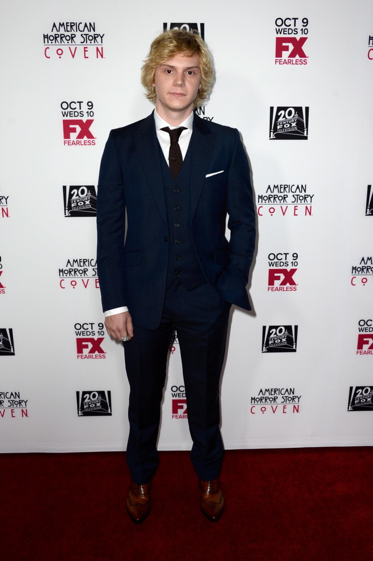 Evan Peters For mobile
