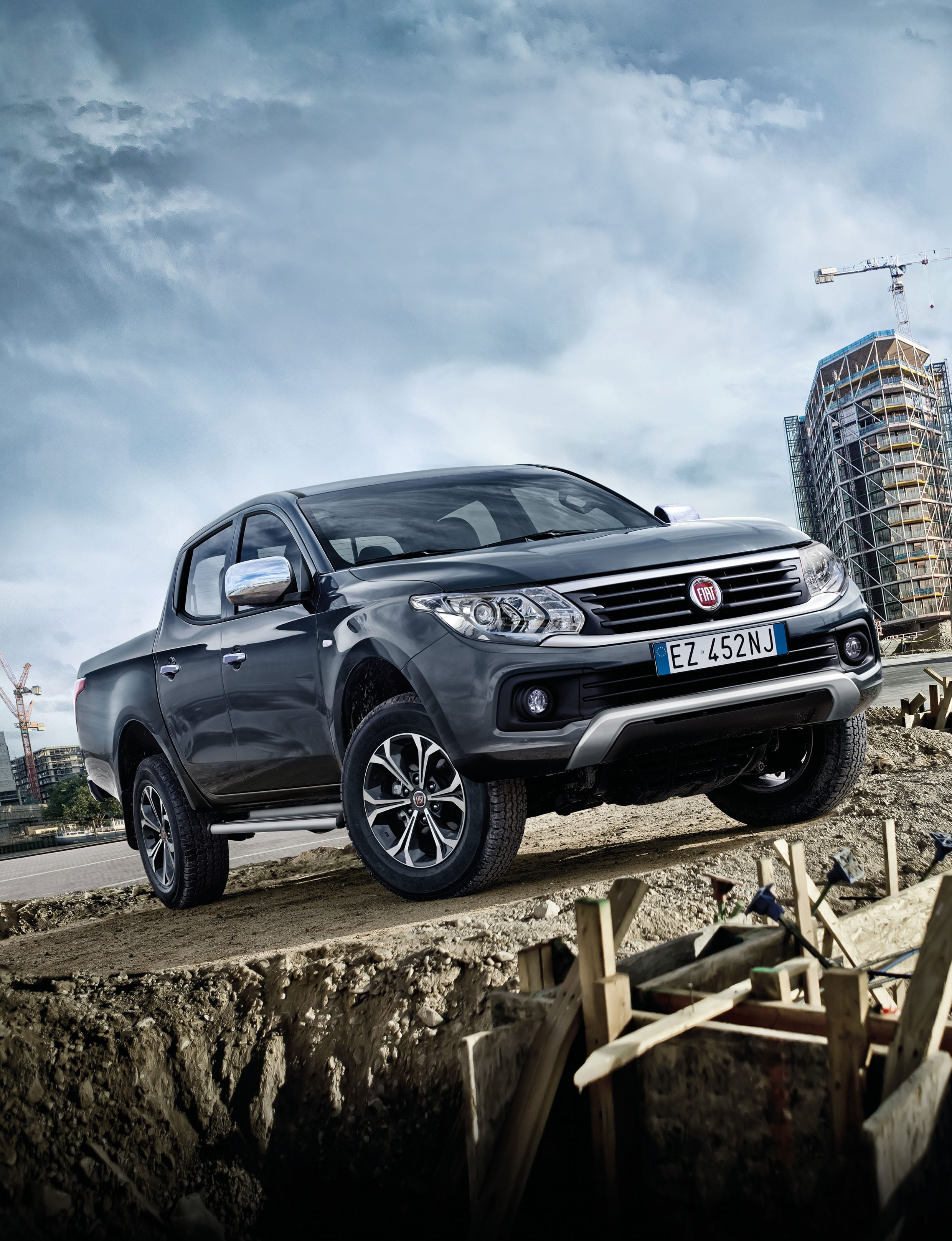 Fiat Fullback For mobile