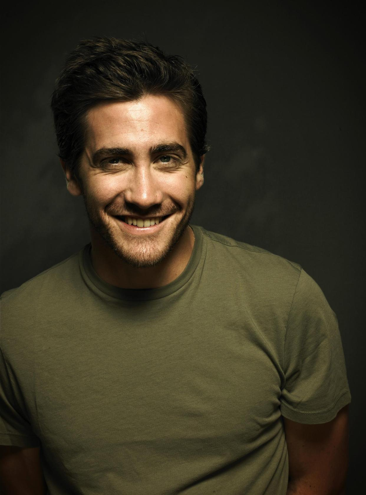 Jake Gyllenhaal For mobile