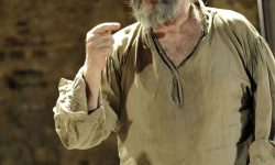Jonathan Pryce For mobile