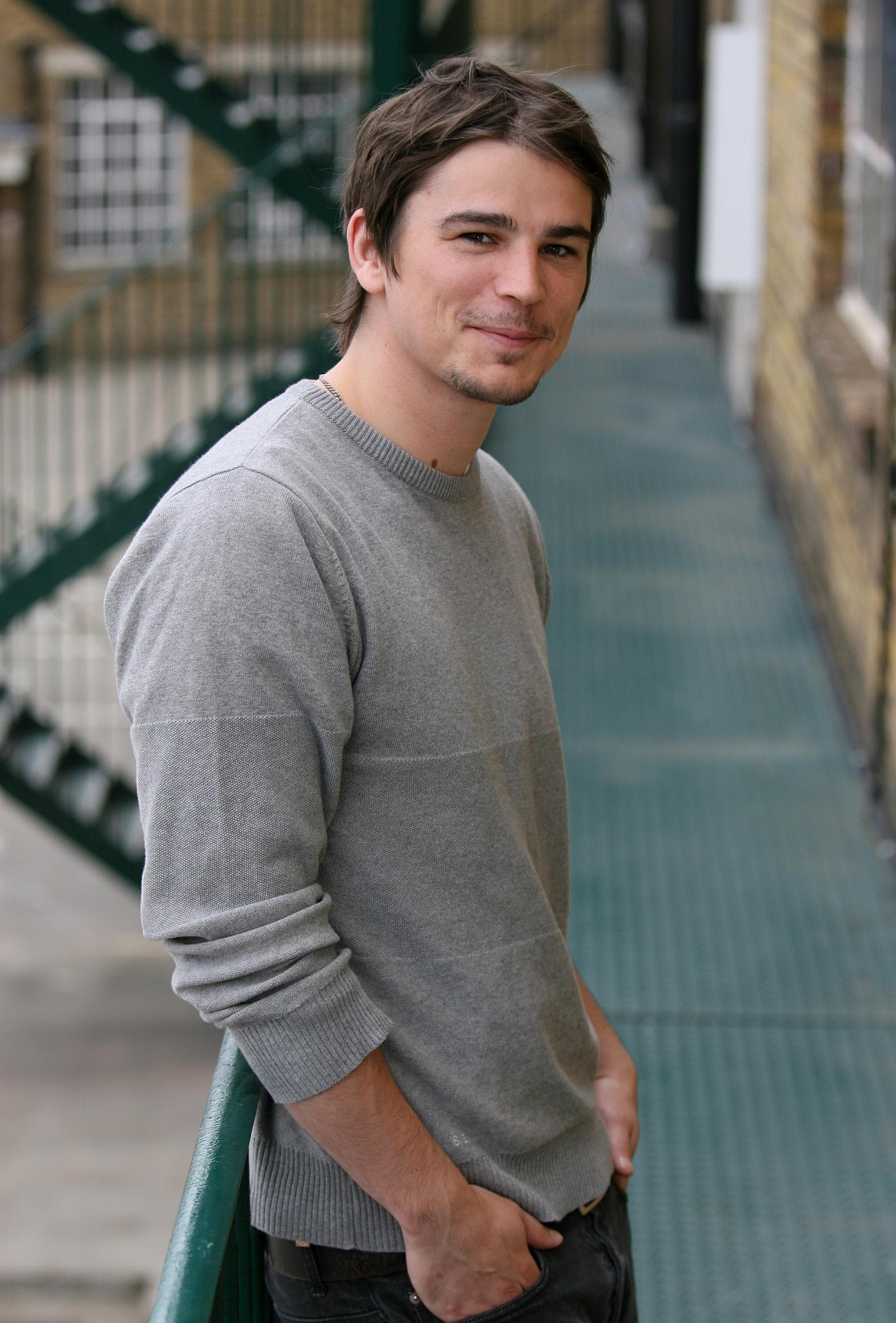 Josh Hartnett For mobile