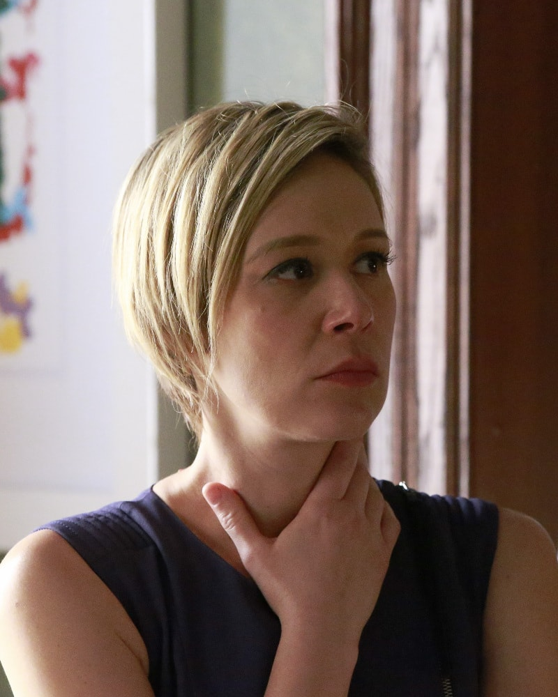Liza Weil For mobile