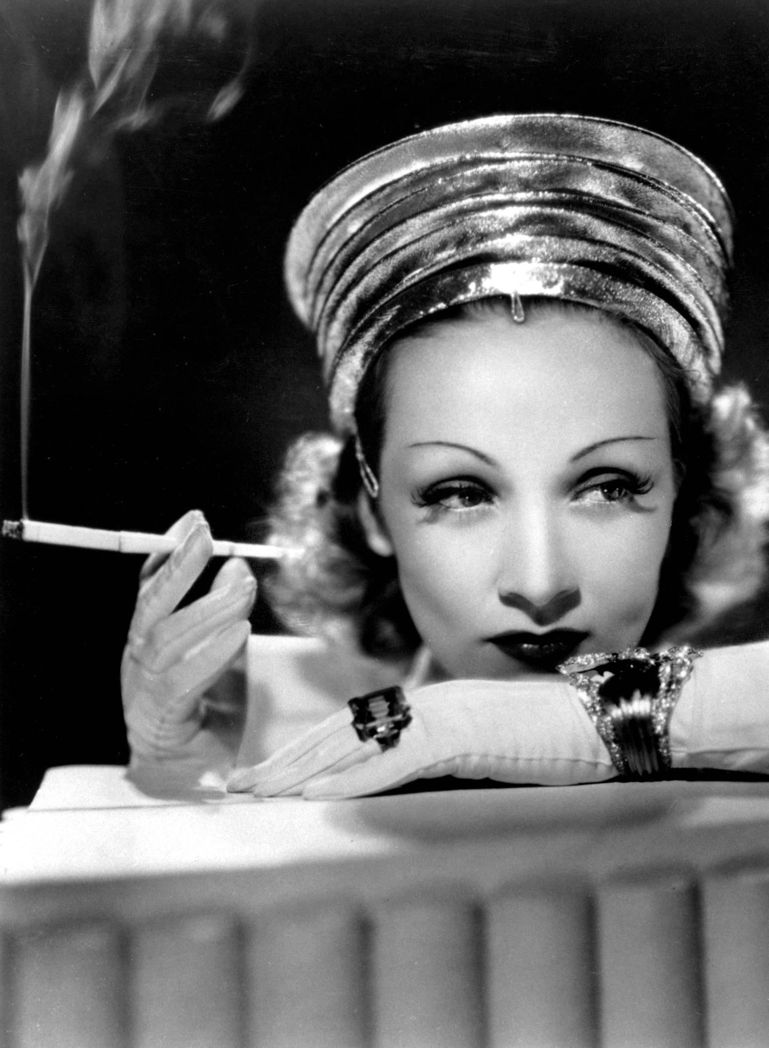 Marlene Dietrich For mobile