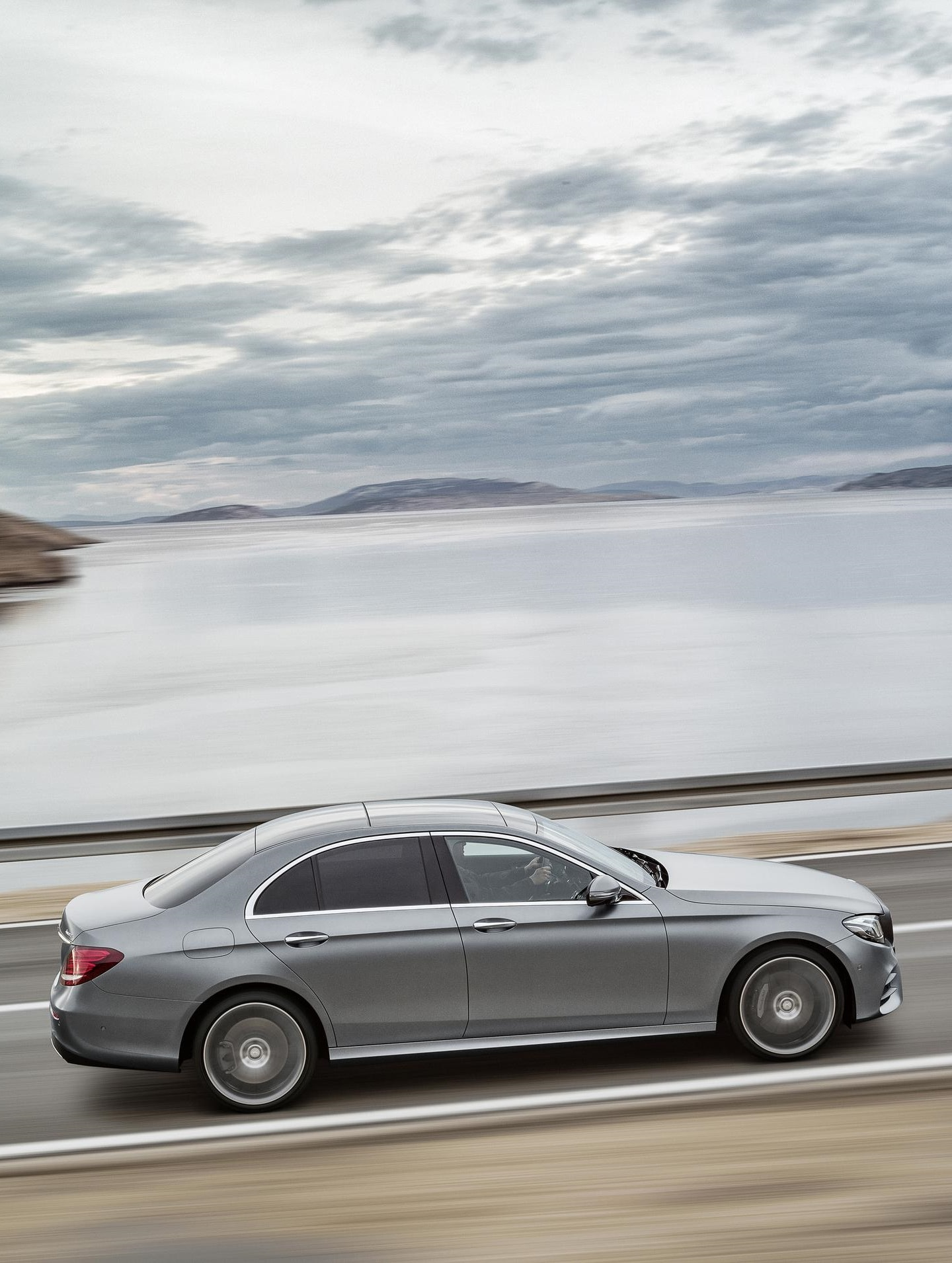 Mercedes E-Class W213 For mobile