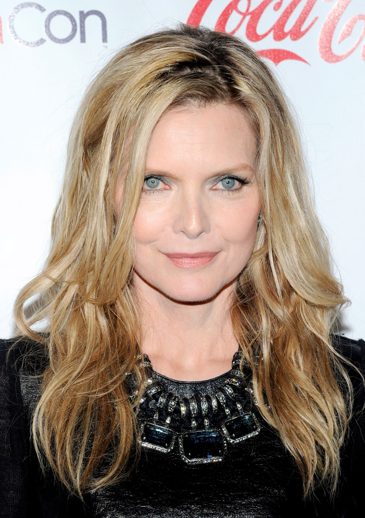 Michelle Pfeiffer For mobile