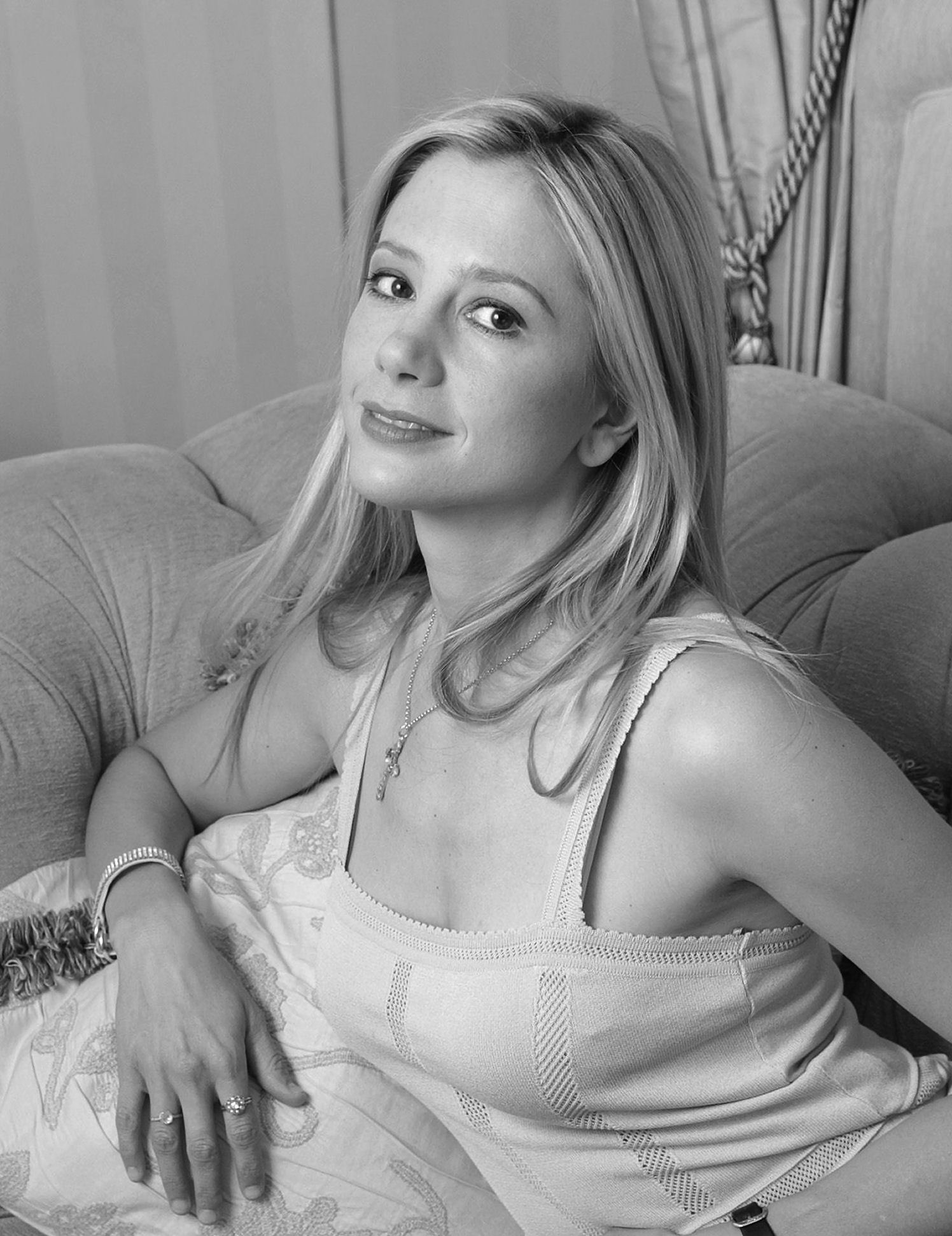 Mira Sorvino For mobile