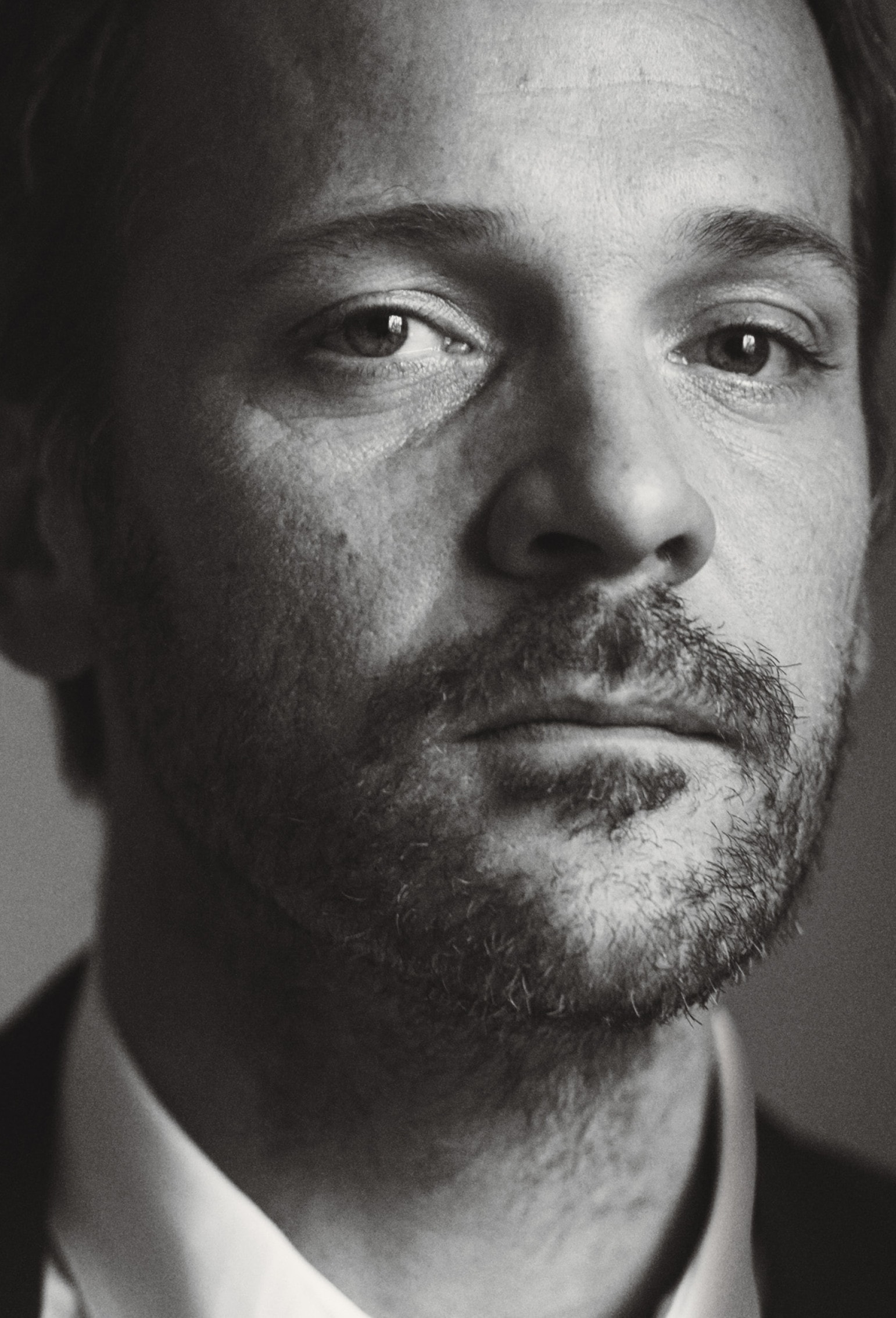 Peter Sarsgaard For mobile