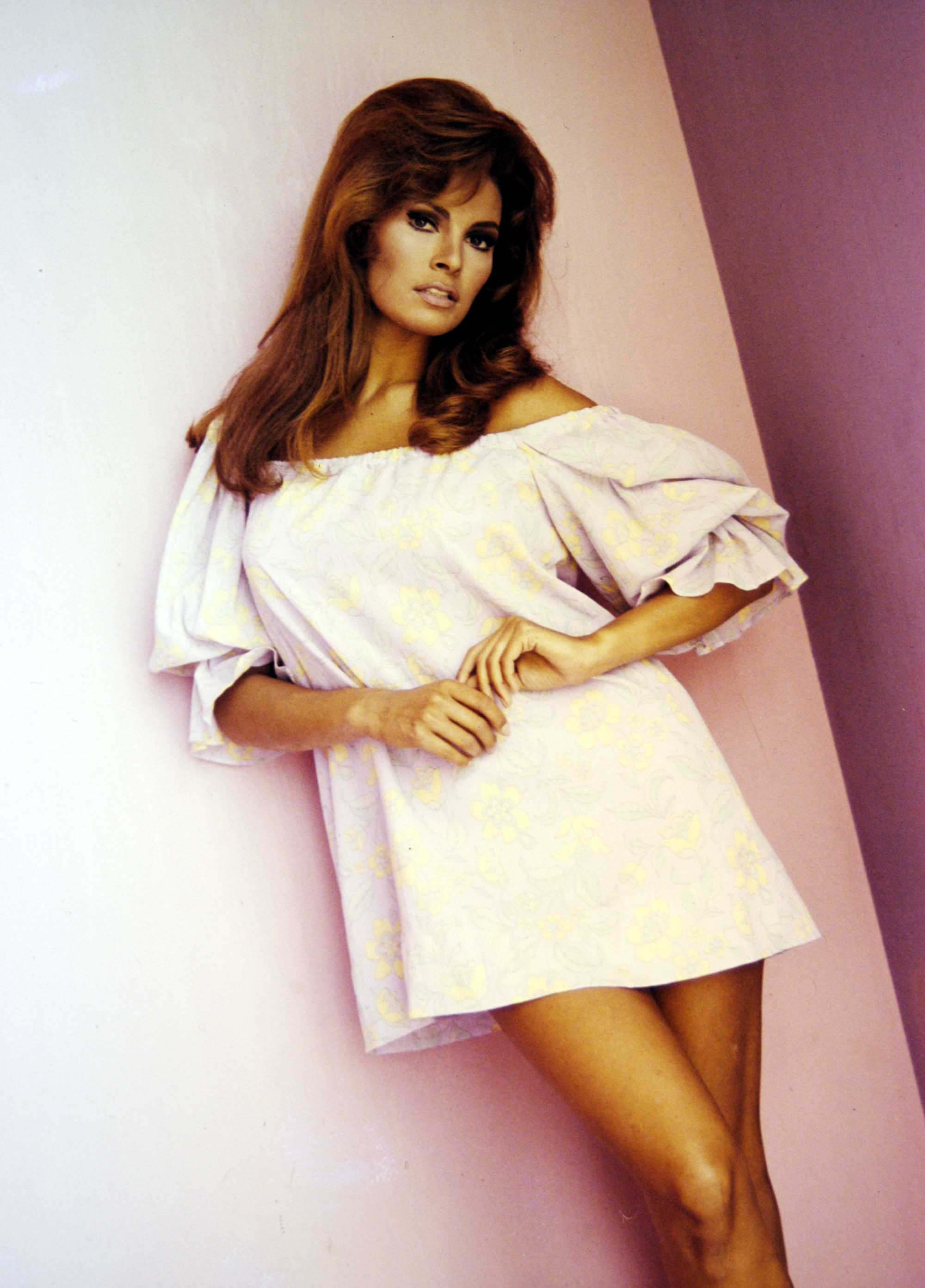 Raquel Welch For mobile