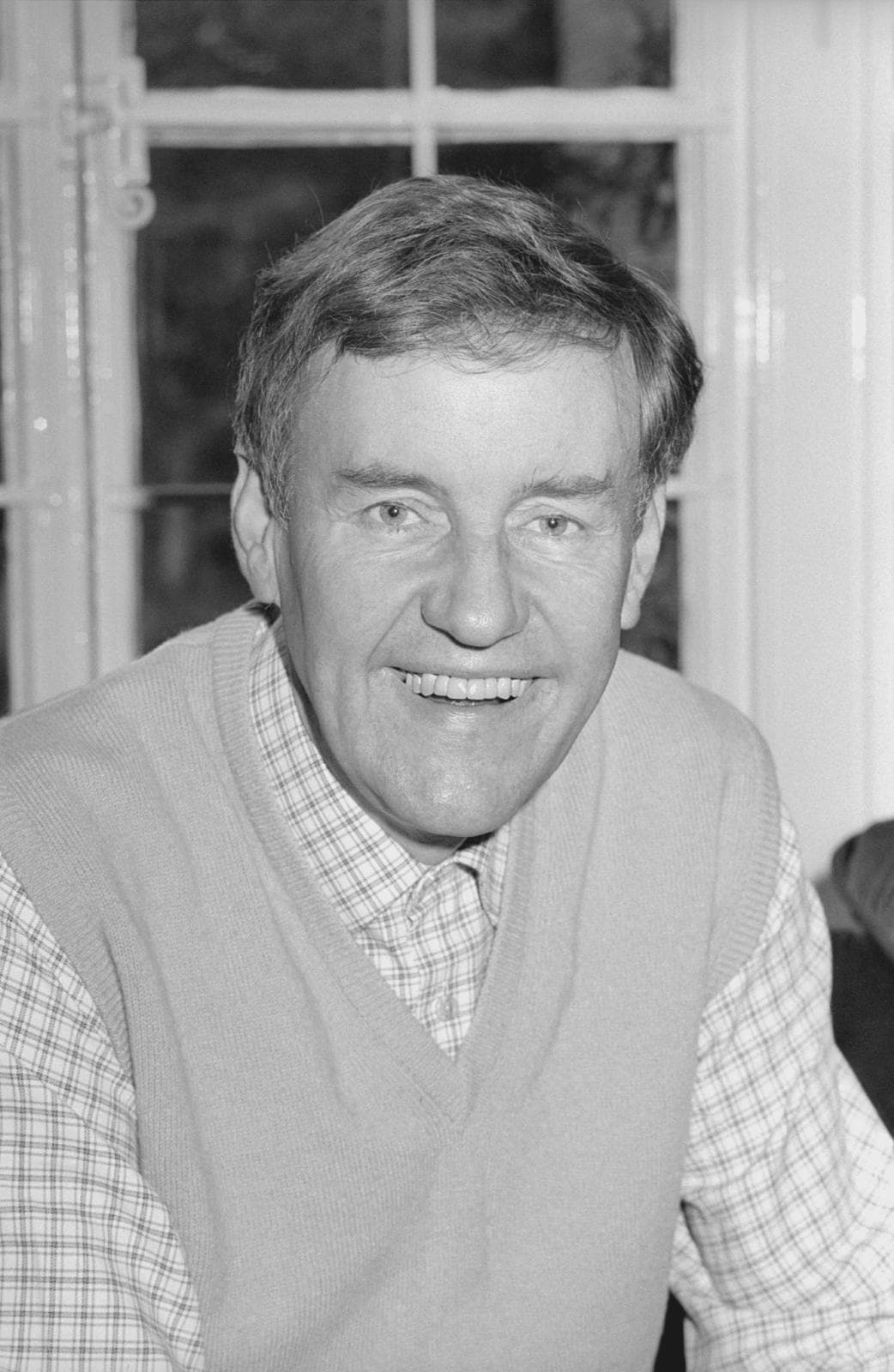 Richard Briers For mobile