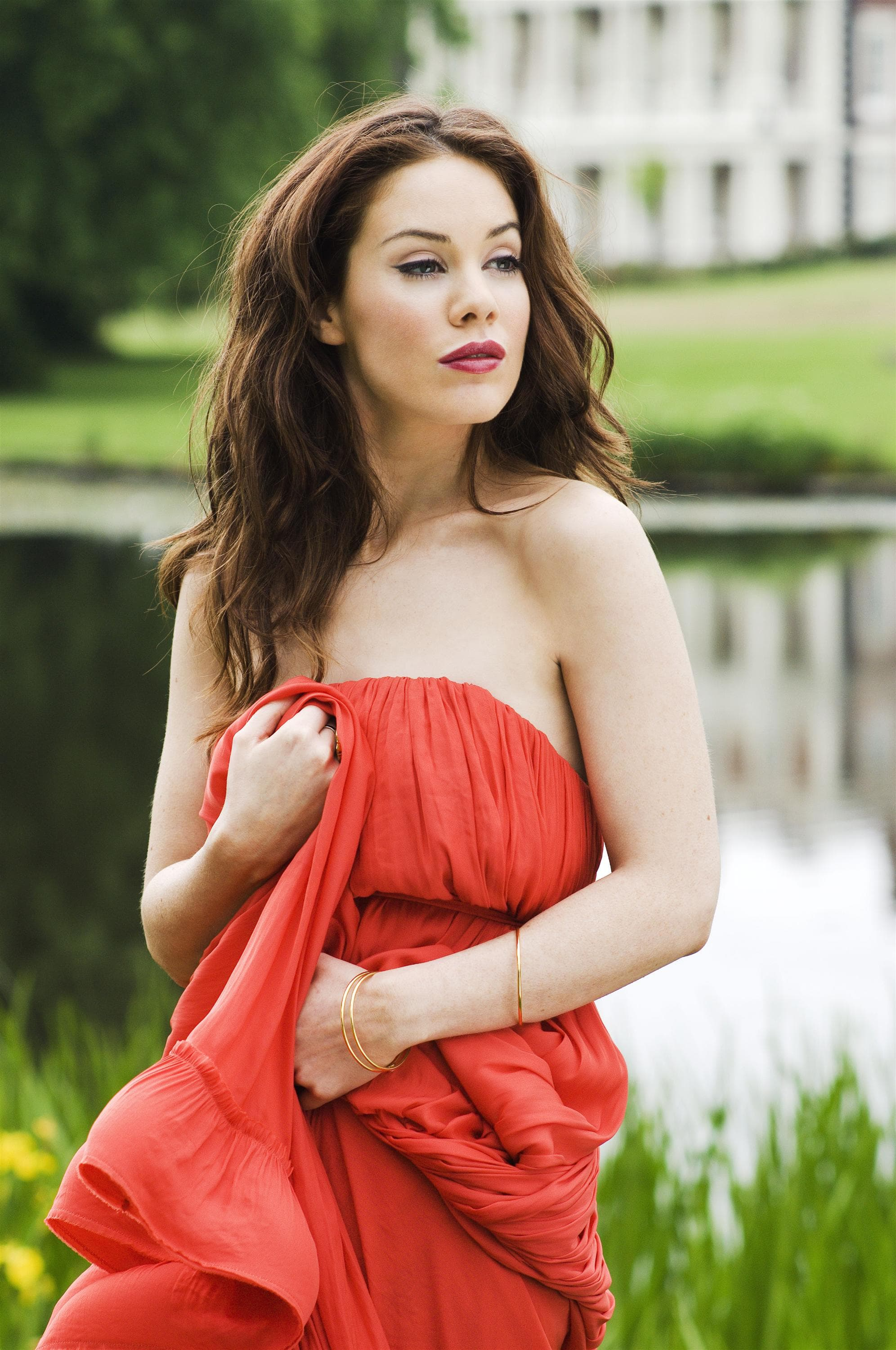 Roxanne Mckee For mobile