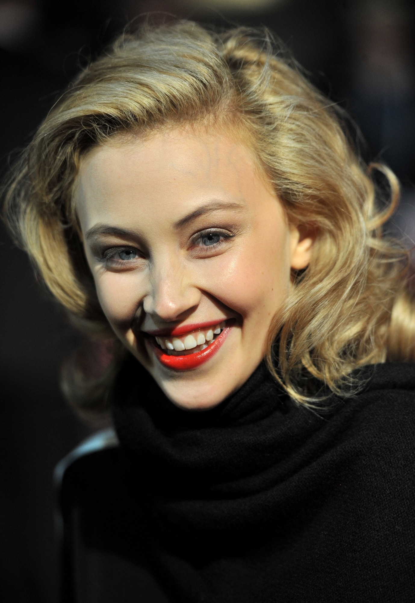 Sarah Gadons For mobile