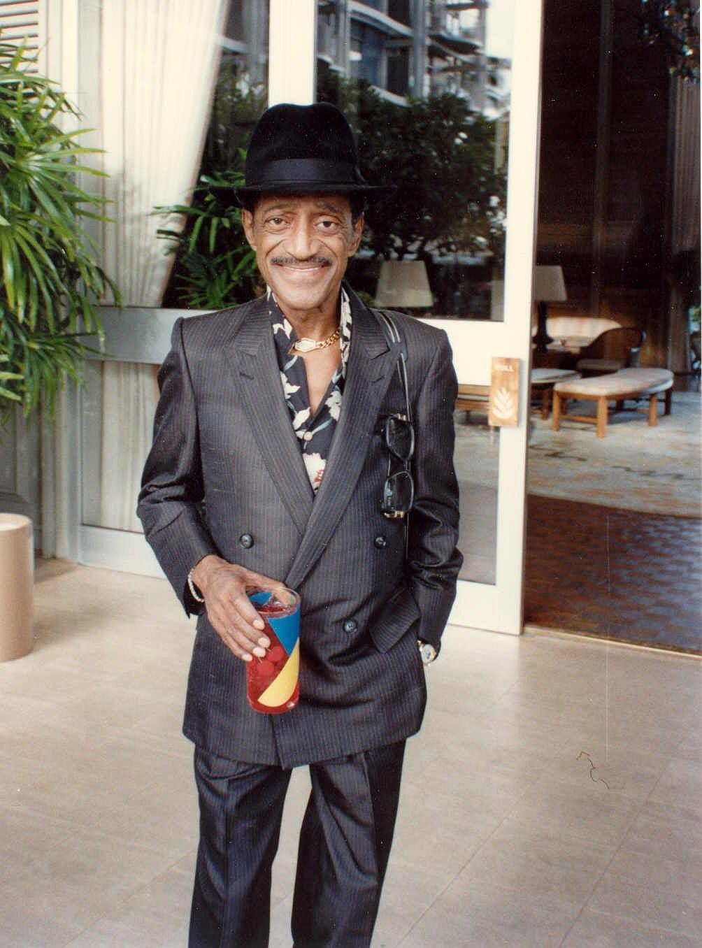Sammy Davis For mobile