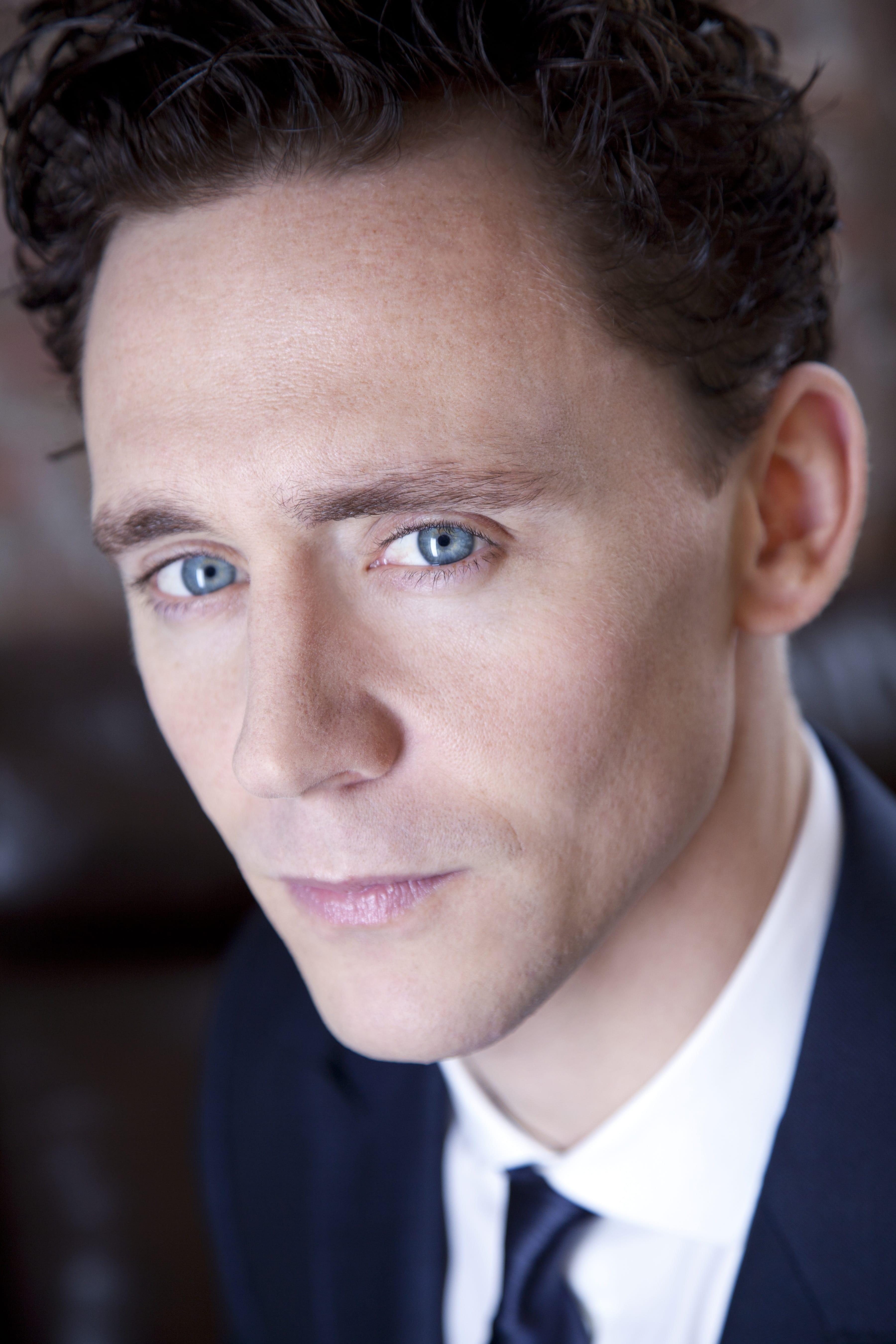 Tom Hiddleston For mobile