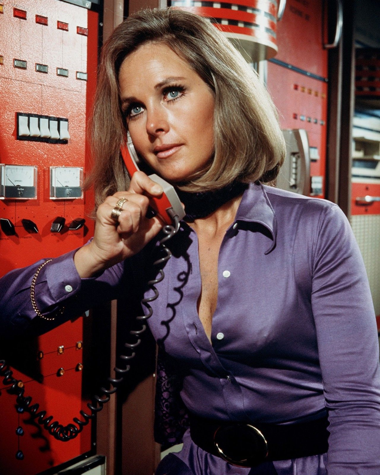 Wanda Ventham For mobile
