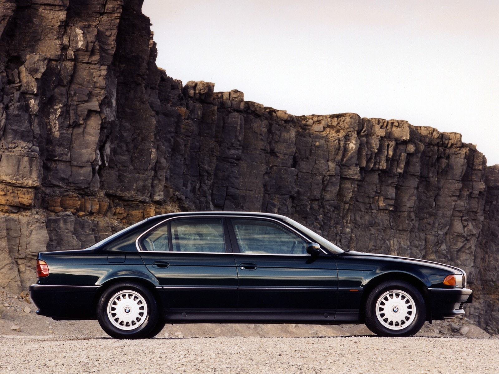 1995 BMW 7 Series Widescreen for desktop