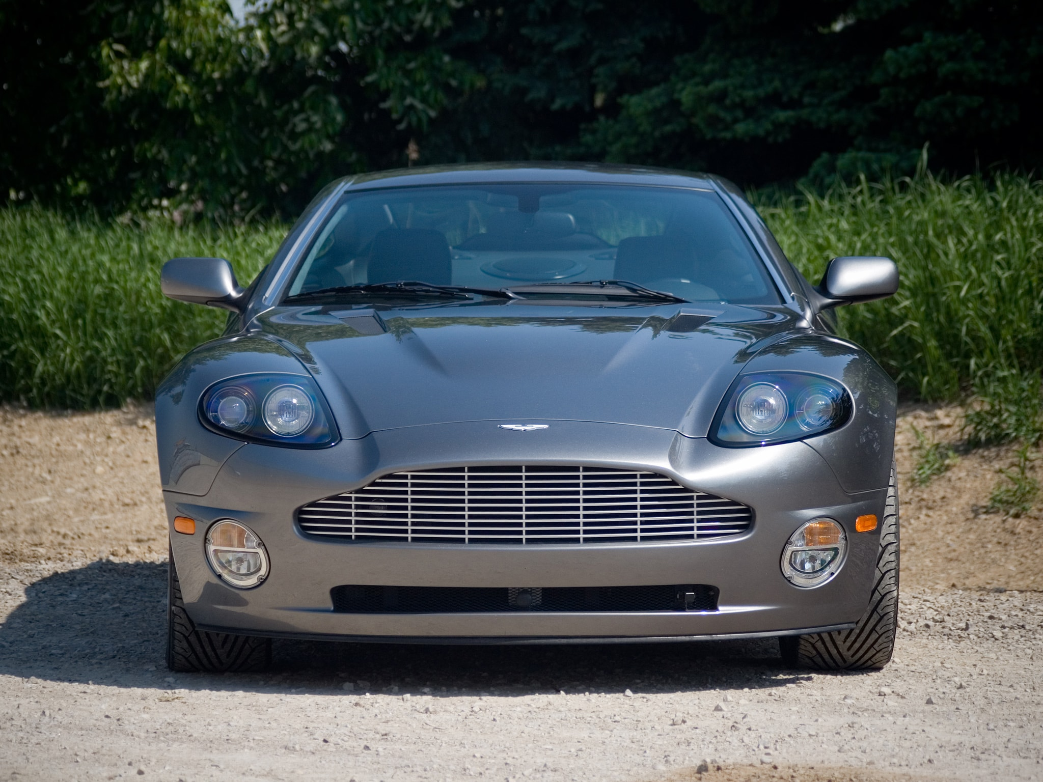 2001 Aston Martin Vanquish Widescreen for desktop