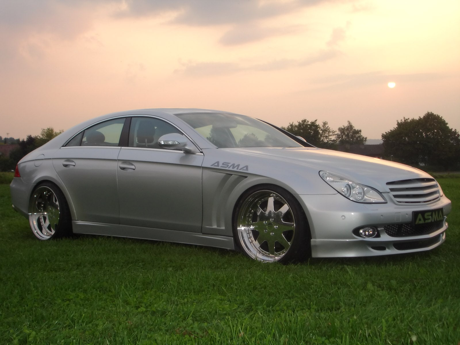 2005 Mercedes-Benz CLS Widescreen for desktop