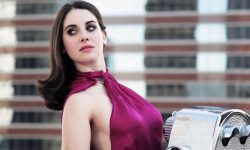 Alison Brie Widescreen for desktop