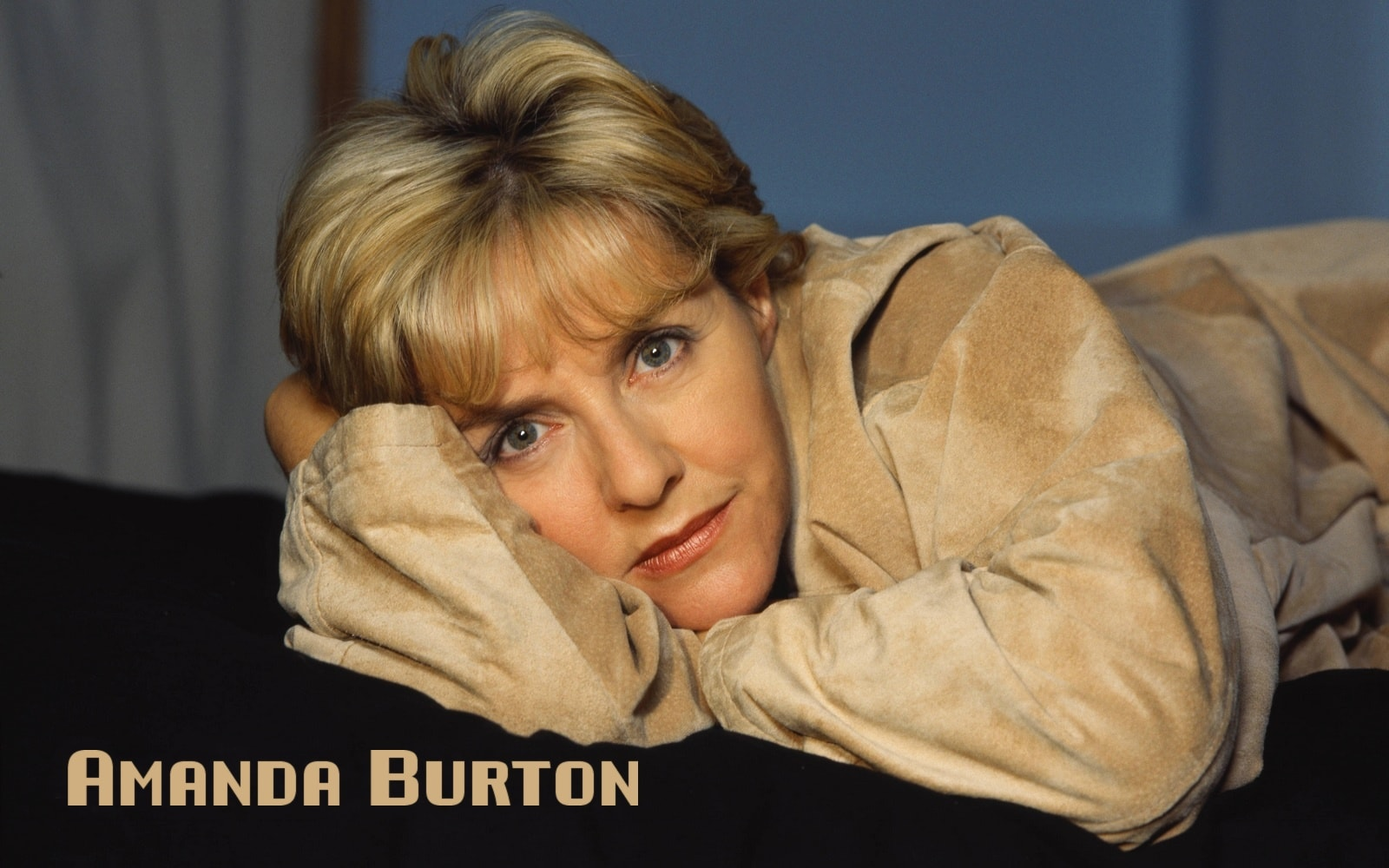 Amanda Burton Widescreen for desktop