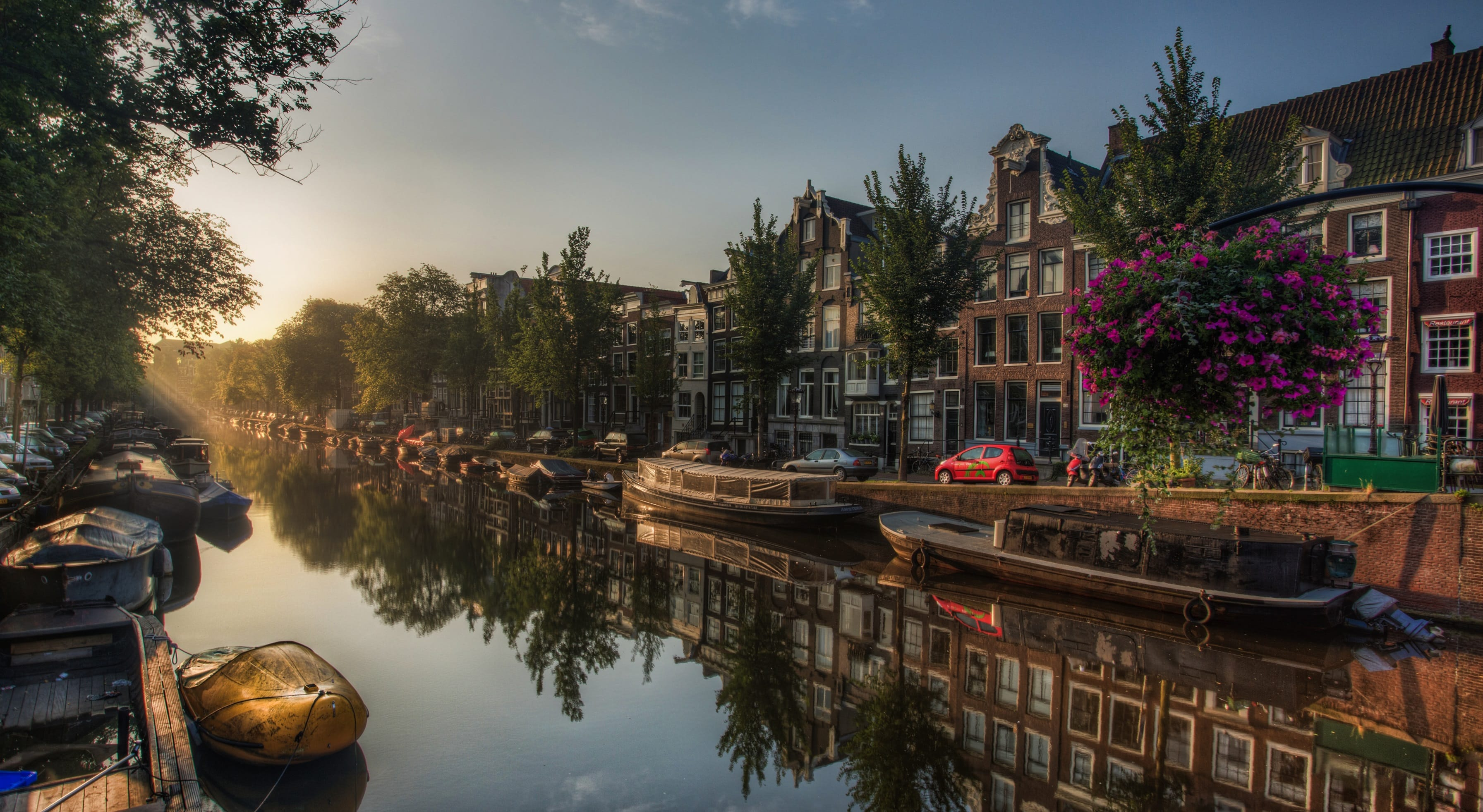 Amsterdam widescreen for desktop