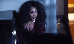 Angela Bassett Widescreen for desktop