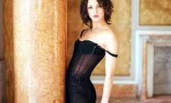 Asia Argento Widescreen for desktop