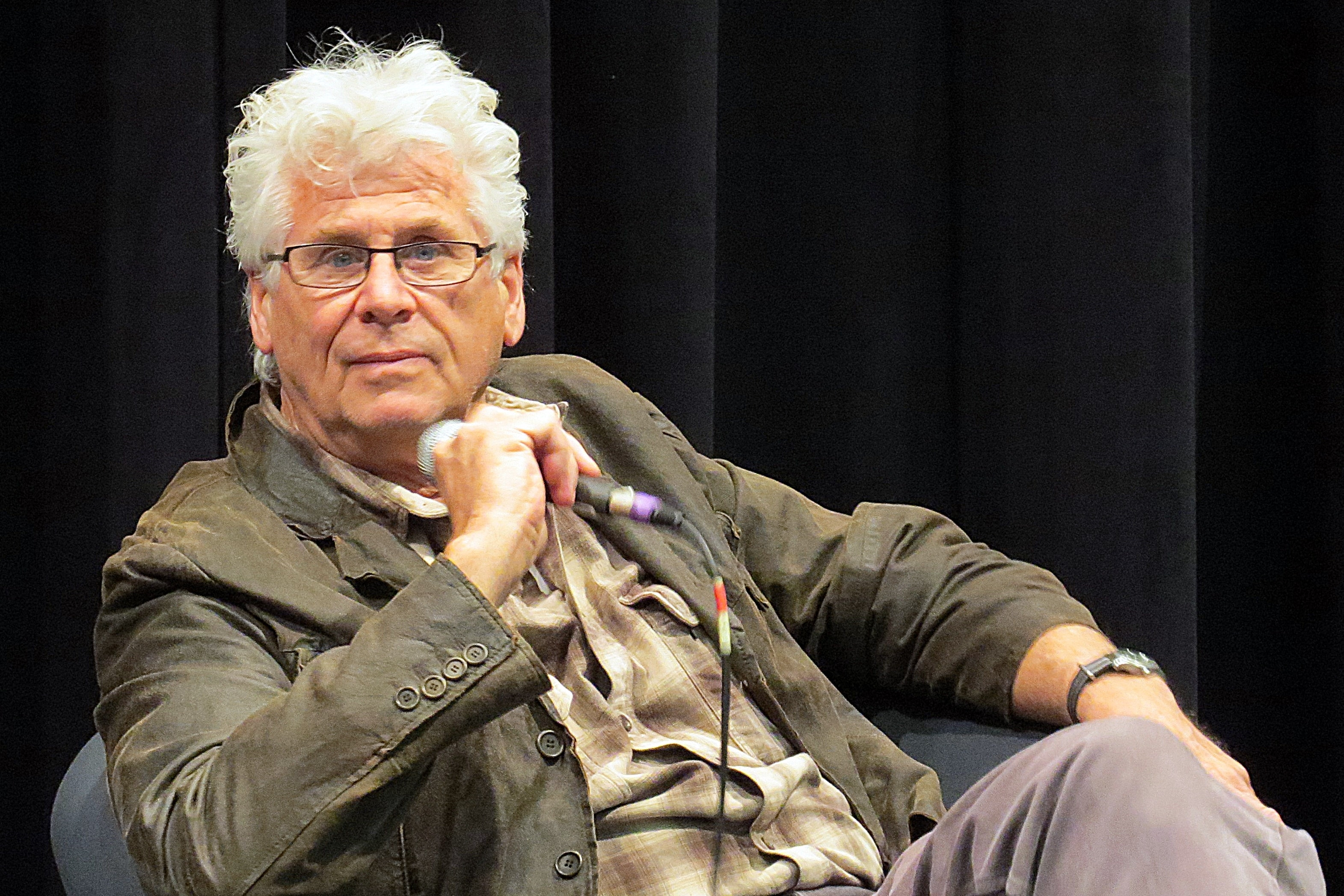 Barry Bostwick Widescreen for desktop