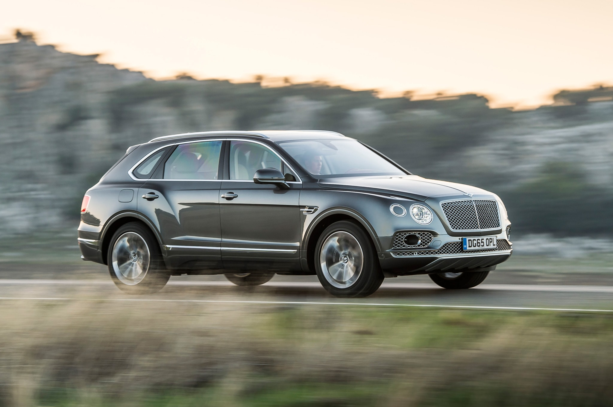 Bentley Bentayga Widescreen for desktop